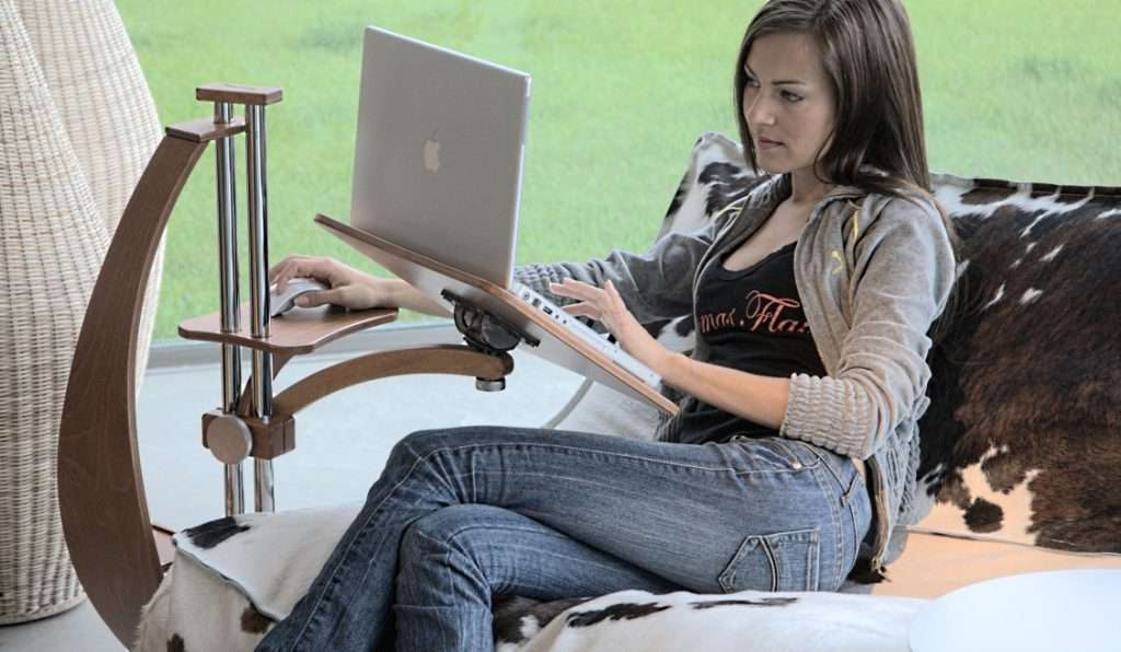 The best laptop-stand for armchairs, sofa, chaise-longue
