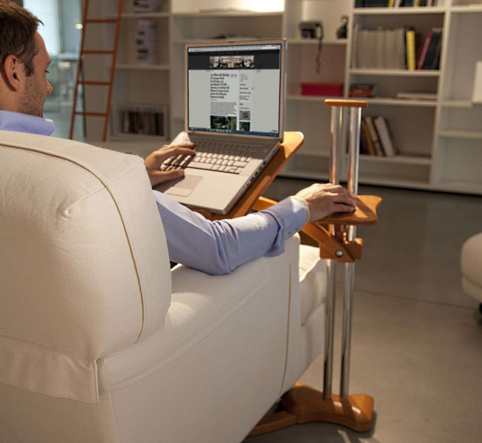 ergonomic table laptop