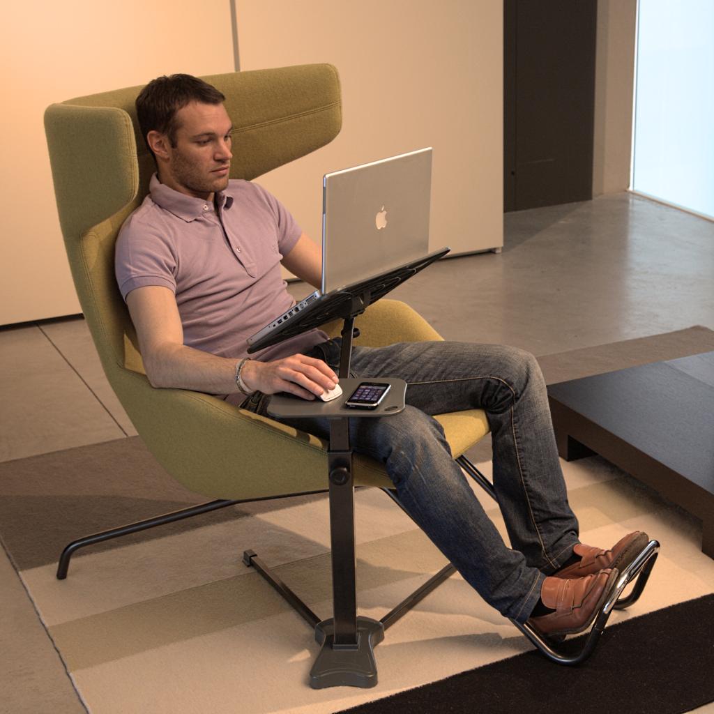 Laptoptisch lounge tek srl official for Bett polnisch