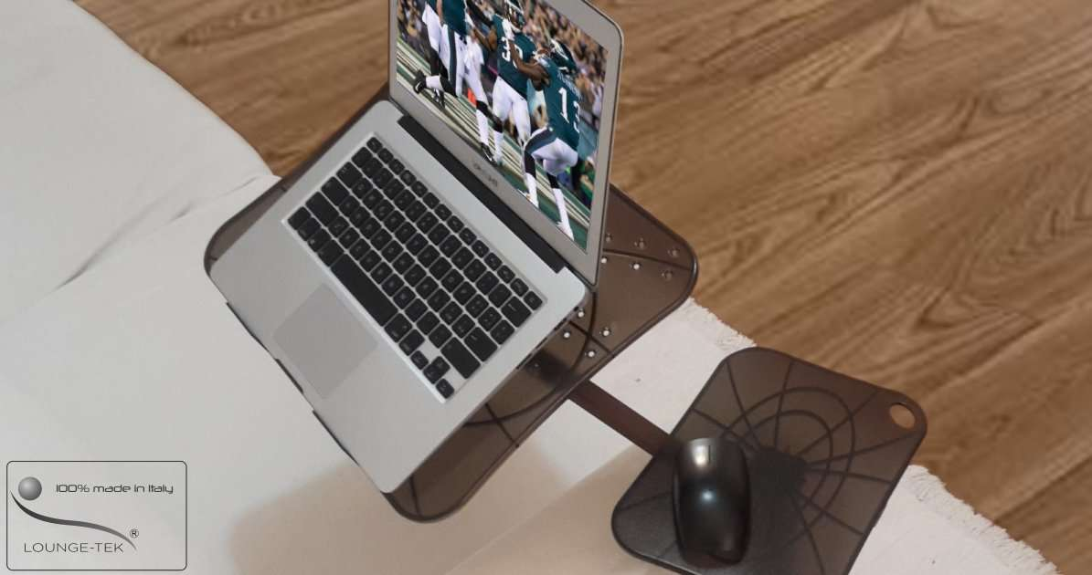 Superbowl 2019 straming tv on laptop. The best support to watch it comfortable on your sofa armchair and even bed